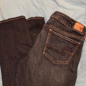 American Eagle AE jeans SZ 10 short like new